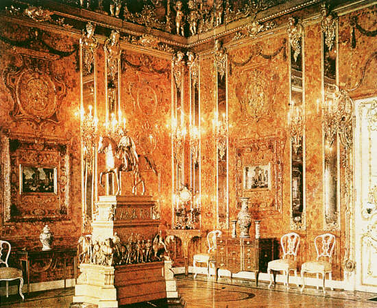 Photograph of the original Amber Room